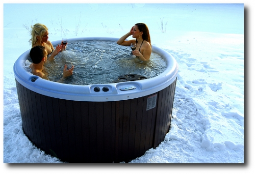 Nordic-Hot-Tubs-model-Warrior-XL-deep-soaking-tub