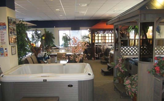 Hot Tub & Spa Emporium of Sacramento, Rocklin, Roseville has plenty of hot tubs on display