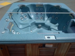 Trade-In Hot Tub